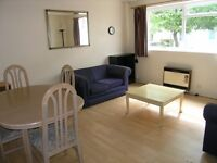 2 DOUBLE BEDROOM FLAT WITH PARKING!!! CENTRAL WIMBLEDON LOCATION PERFECT FOR 2 SHARERS!!