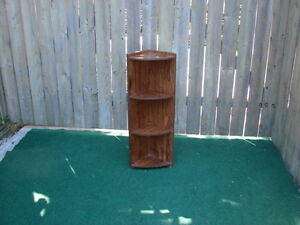wood Little corner shelve unit