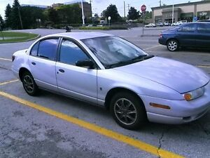 5 speed Saturn Sedan 2000 4 cylinders strong clutch, clean