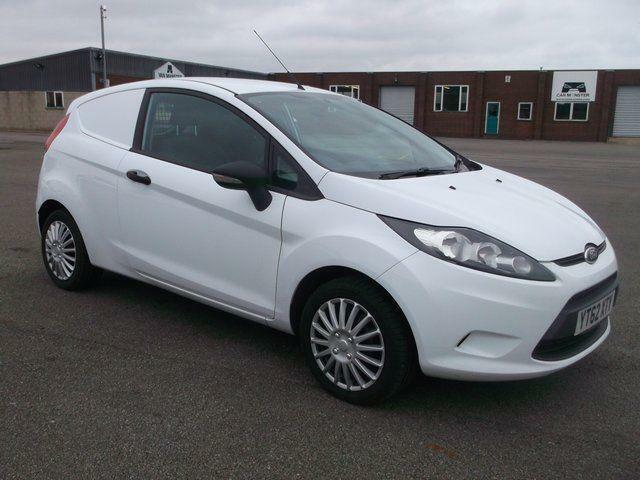 Ford Fiesta 1.4 HDI 70 BHP S VAN DIESEL MANUAL WHITE (2012)