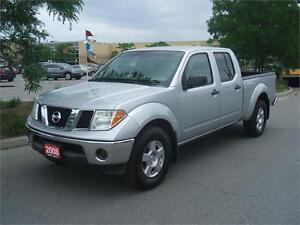 2008 Nissan Frontier  CREW CAB / 4X4 / 6 SPEED