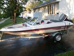 SOLD - 16' Peterborough Bowrider,1992 65hp Evinrude Outboard
