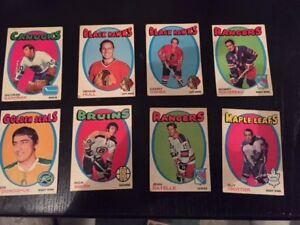 Eight 1971-72 O-Pee-Chee hockey cards