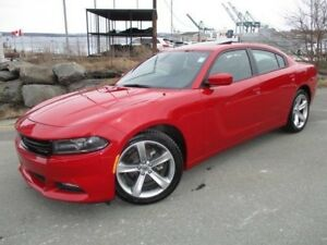 2017 Dodge CHARGER SXT PLUS (NAVIGATION, HEATED/COOLED LEATHER S