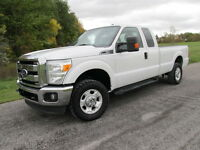 2011 Ford F-250 XLT 4X4 mint no accidents