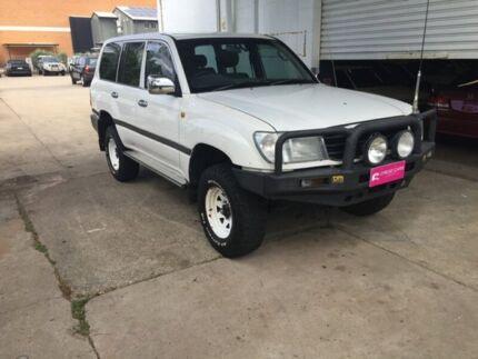 1999 Toyota Landcruiser White Wagon Hermit Park Townsville City Preview