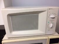 Microwave Oven 700W