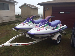 2 Kawasaki PWC and double trailer