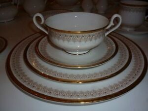 "Service de vaisselle Royal Albert ""Burlington"" England(009)"