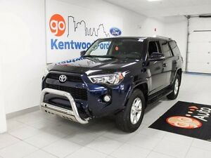 2014 Toyota 4Runner SR5- 7 Seater with leather, NAV, Sunroof!