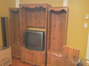 SET OF 3 BOOKCASES - EXCELLENT CONDITION