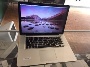 "SELLING APPLE MACBOOK Pro 13"" excellent conditio 4gb ram 500hd"