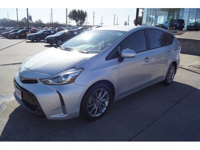 Image 2 Voiture American used Toyota Prius V 2016