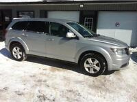 2009 Dodge Journey SXT FWD - 7 pass...3rd Row Seating - Rear A/C