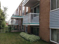 AVAIL. IMMED. CENTRAL 1 bedroom suite , $820/m.includes Heat and