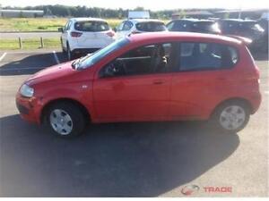 pontiac wave 2006 aut. 170 km $995. alain 514-793-0833