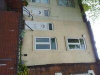 3 STOREY REFURBISHED HOUSE -£750
