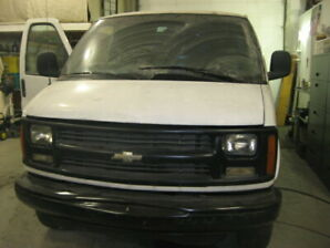 Chevrolet Express 2002 allongé