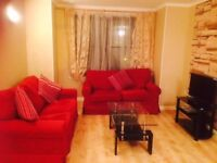 A 2 bedroom fully furnished flat close to University