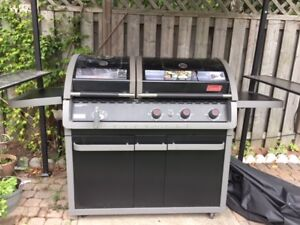 Coleman Evenheat Duel Fuel BBQ with BBQ cover, Cylinder