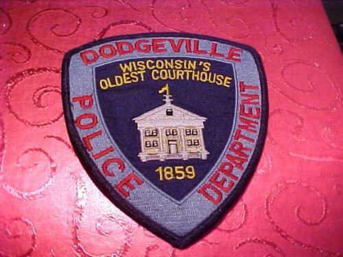 DODGEVILLE  WISCONSIN POLICE PATCH SHOULDER SIZE USED