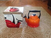 Le Cruset Kettle, in a classic colour Volcanic. Good condition