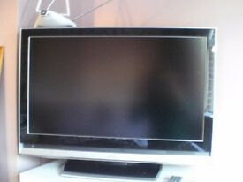 31.5in HD television