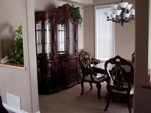 Buffet-Hutch-Table-Chairs