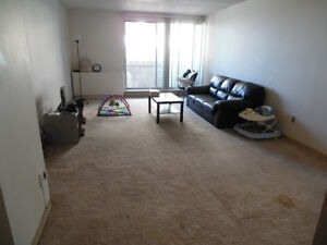 holiday tower one bed sublet downtown free security deposit
