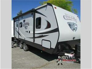 New 2017 CrossRoads RV Maple Country MC198RB