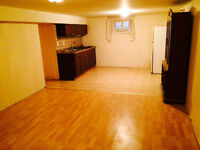 1 Bedroom Apartment in Richmond Hill (Bayview & Major Mackenzie)