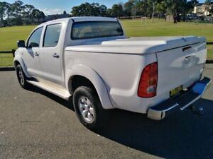 2006 Toyota Hilux KUN26R SR5 (4x4) White 4 Speed Automatic Dual Cab Pick-up Lidcombe Auburn Area Preview