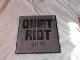Vinyl LP Q R 111 - Quiet Riot Epic EPC 26945 Stereo 1986