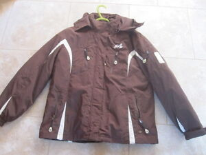 Women's Size Large Roots Winter Jacket & Size 10 Cougar Boots