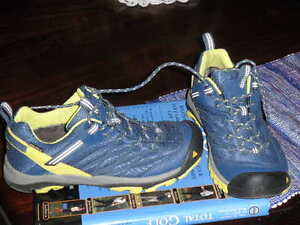 Keen Hiking shoes  --  New - WOMENS