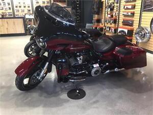 2017 Harley-Davidson Street Glide CVO 114 FLHXSE