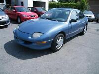 1998 Pontiac Sunfire SE.