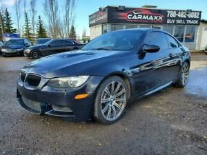 2011 BMW M3  6 SPEED MANUAL  ONLY 54,000 KMS!!