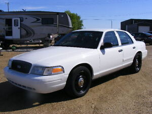 2010 Ford Crown Victoria P71 Sedan