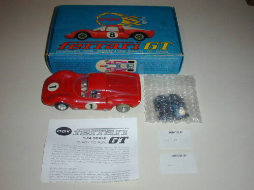 EARLY VINTAGE COX #6900 1/24 SCALE FERRARI GT IN FACTORY BOX - VERY RARE