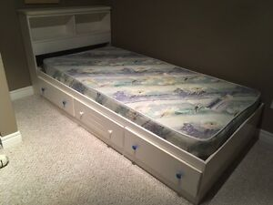 Single Bed with Storage Headboard and Drawers
