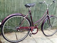 Vintage Ladies Dutch Bike Great Condition with Brooks Saddle