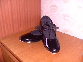 Black Patent Tap Shoes Size 6