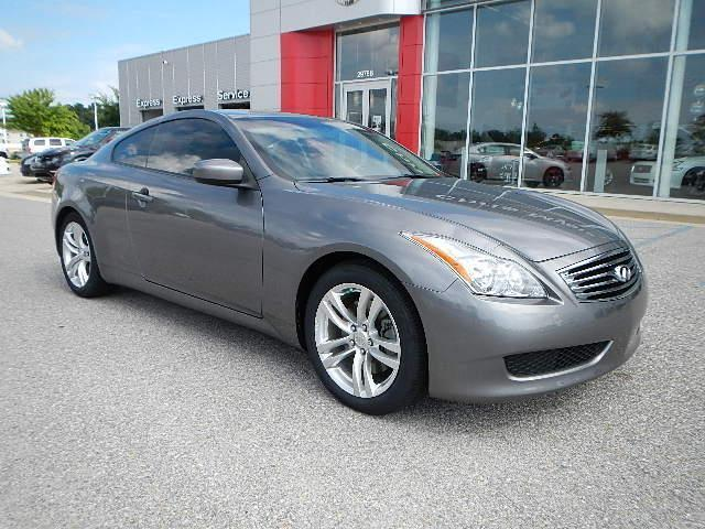 Infiniti : Other 2dr Base RWD 2dr Base RWD 3.7L CD Leather Seats Power Driver Seat Power Passenger Seat