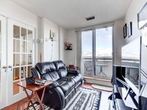 A Corner  Penthouse With An Amazing Floor Plan  3 Bed L. kitche