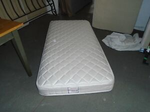 GREAT CONDITION TWIN XLONG MATTRESS/BOXSPRING/ FRAME/ PROTECTOR