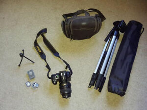 Nikon D3000 10.2MP Digital SLR Camera with LOTS of Accessories!!