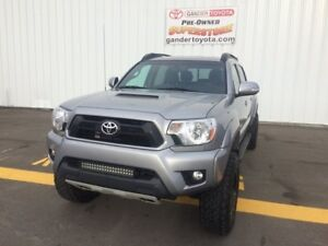 2014 Toyota Tacoma 4x4 Double Cab V6 Sport Premium Package w. 7y