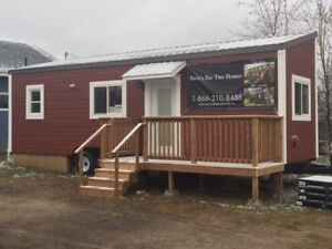 Luxury Tiny Home BnB in Barry's Bay. Ontario