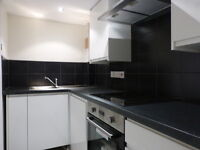 Newly Refurbished, Split-Level Period Maisonette In Heart Of Wandsworth - SW18
